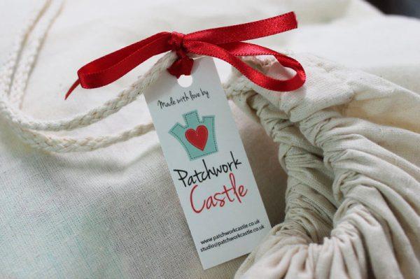 Patchwork-Castle-quilt-bag