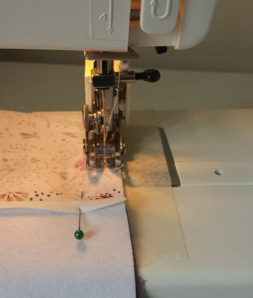 Sewing Machine Walking Foot - great for working with stretchy fabrics